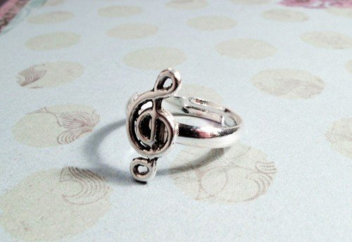 Musical Note Charm Ring, Music Treble Clef Piano Novelty on Wanelo
