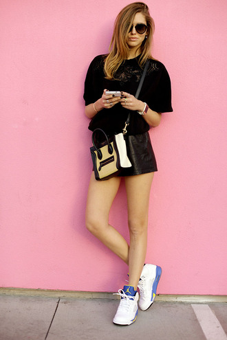 the blonde salad shorts sweater dress jewels bag shoes