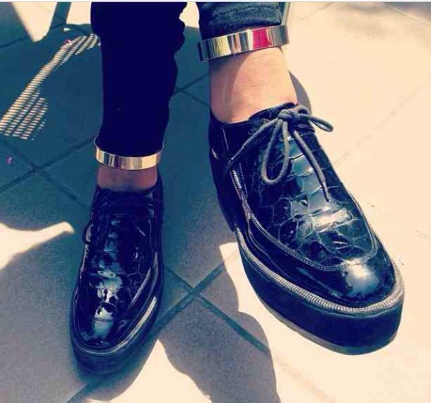 jewels gold sequins shoes