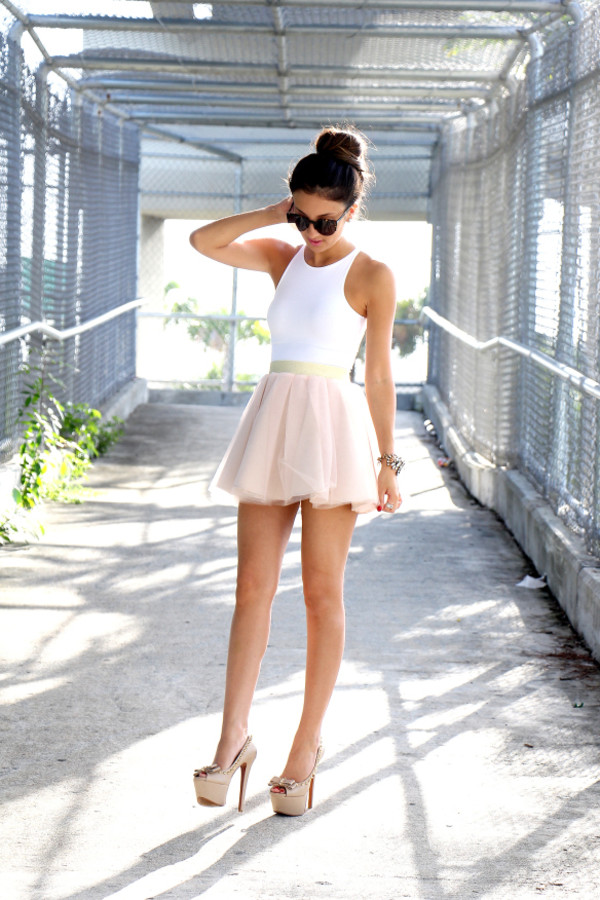the material girl top skirt sunglasses jewels shoes