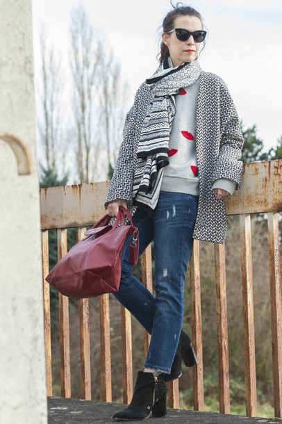 punky b blogger sweater shoes