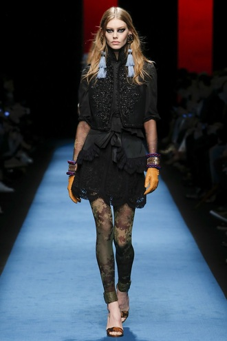 skirt top tights sandals milan fashion week 2016 fashion week 2016 dsquared dress gloves earrings