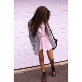 coat houndstooth black and white black and white coat black buttons pink dress dress shoes