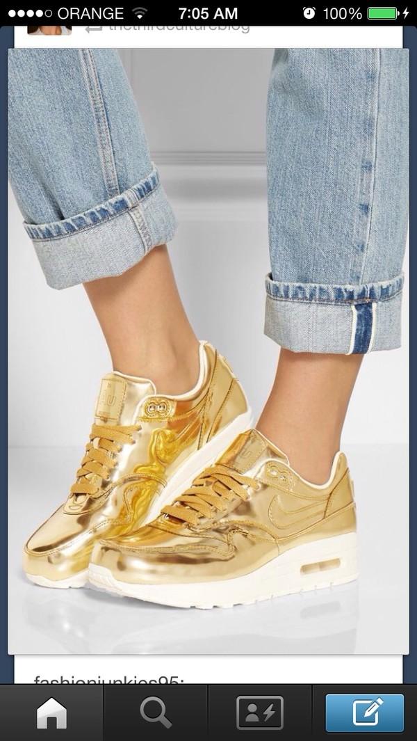 shoes nike gold sneakers beautiful amazing
