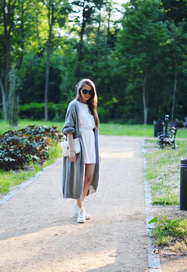 jestem kasia dress sweater shoes bag sunglasses jewels