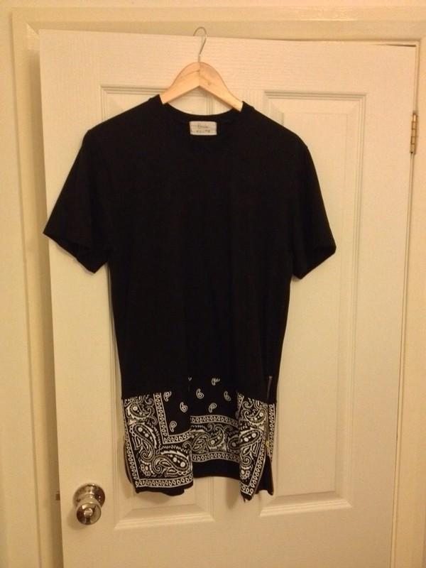 t-shirt black bandana