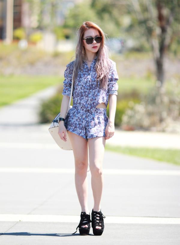 chloe ting shirt shorts shoes jewels