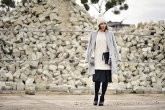 shiny sil blogger gloves sweater dress grey coat cable knit black skirt coat sweater pants bag tights top