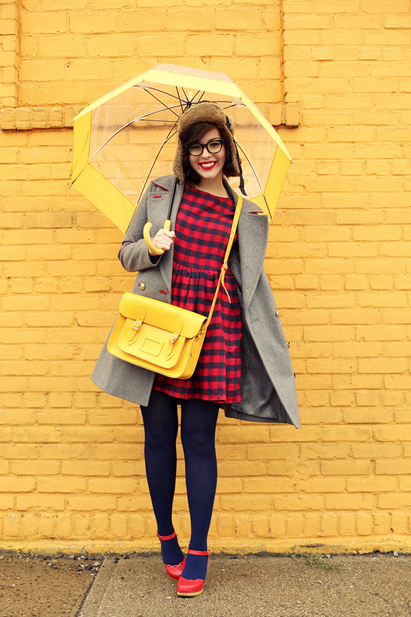 keiko lynn coat dress hat bag sunglasses shoes