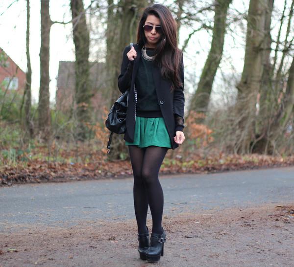 article 21 shorts t-shirt jacket jewels sunglasses shoes bag
