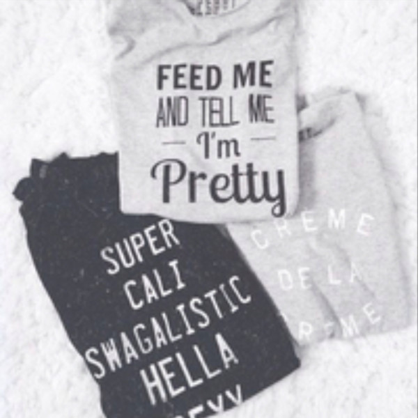 shirt top t-shirt quote on it feed me and tell im pretty grey black