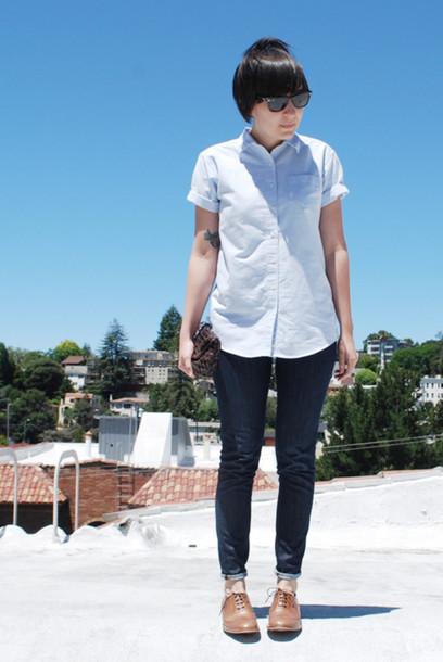 blue shirt white shirt shirt