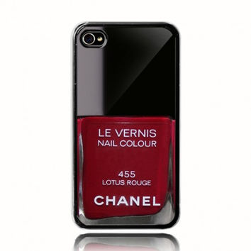 Red Chanel Nail Polish Case on Wanelo