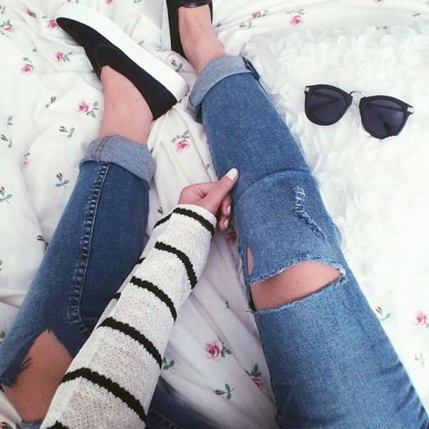 jeans knee rip denim boyfriend jeans ripped jeans ripped denim ripped boyfriend jeans skinny jeans ripped skinny jeans skinny pants