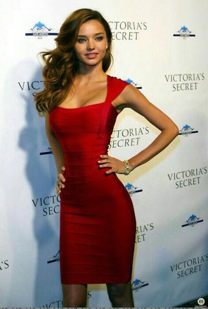 dress robe rouge