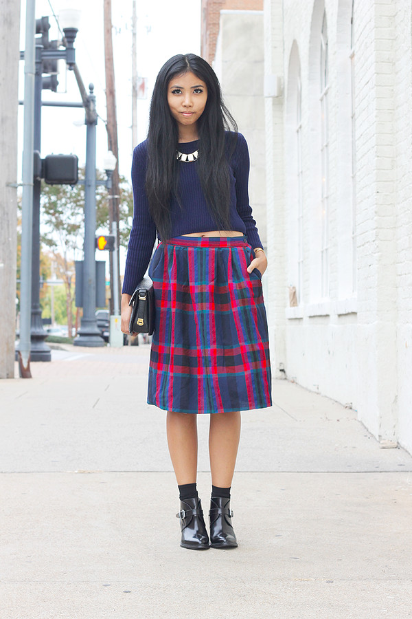 fashion of a novice sweater skirt shoes bag