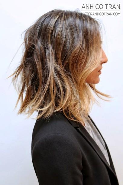 le fashion blogger hairstyles blazer t-shirt