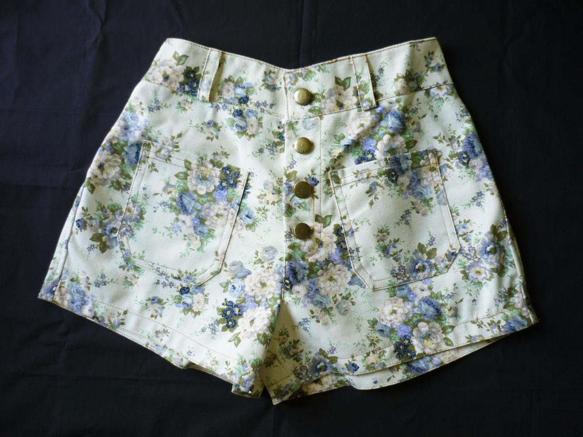 """High Waist Shorts Floral Shorts Cream With Blue Floral Inspired Shabby Chic Shorts - -Size S-M- 12""""S on Luulla"""