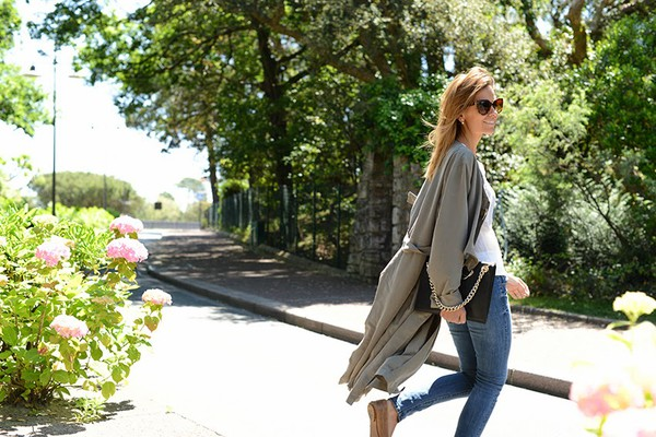 the petticoat coat top jeans bag
