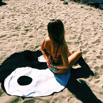 home accessory blanket towel tapestry round yin yang beach lifestyle spring break