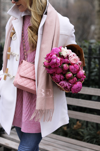 coat tumblr duffle coat white coat sweater pink sweater bag pink bag chain bag cable knit denim jeans blue jeans pastel pink valentines day atlantic pacific burberry
