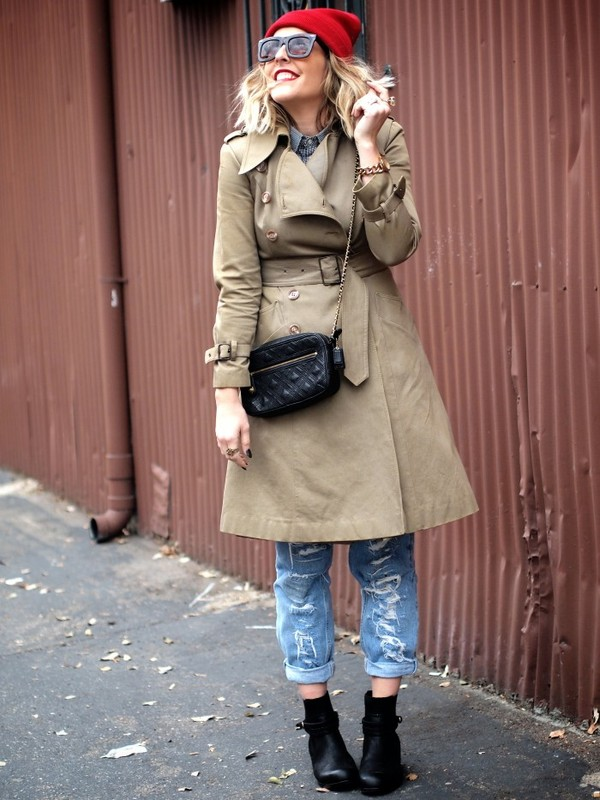 b. jones style hat coat jeans shoes bag jewels