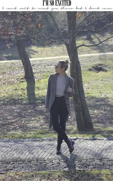 the black effect blogger winter coat