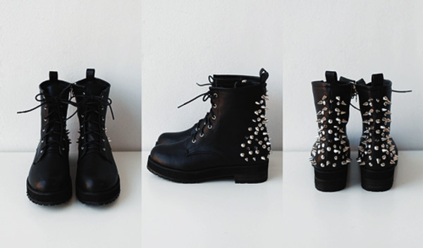 shoes DrMartens spikes DrMartens peace people pls tysm i love you all amazing fabulous black laces perfect cool lovely so done