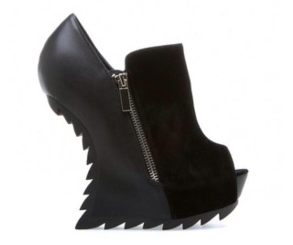 shoes black wedges