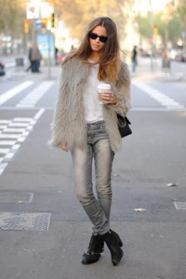 coat jacket faux fur fur fur jacket faux fur jacket ootd wiwt look of the dayf fashion style stylish grey fur jacket