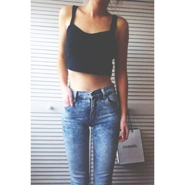 pants jeans high waisted high rise discolored blouse high waisted jeans blue skinny jeans high waisted skinny light blue jeans tank top black black crop top skinny jeans brandy melville t-shirt shirt fashion