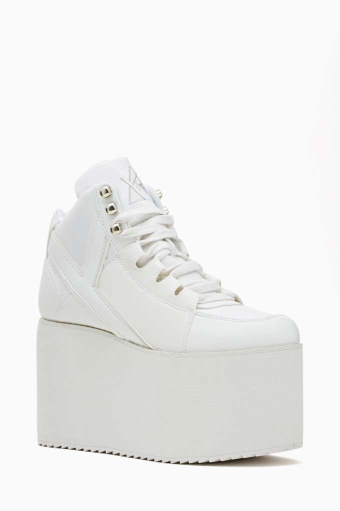 Alliance Platform Sneaker - White | Shop Sneakers at Nasty Gal