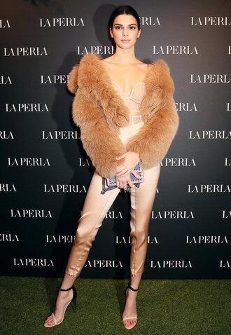 top underwear bustier bodysuit nude pants milan fashion week 2017 fashion week 2017 model sandals fur fur jacket kendall jenner shoes