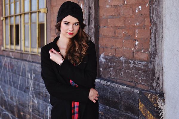 skinny liar shoes dress hat scarf