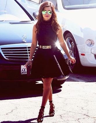 skirt kourtney kardashian belt sunglasses black skirt moschino belt aviator sunglasses
