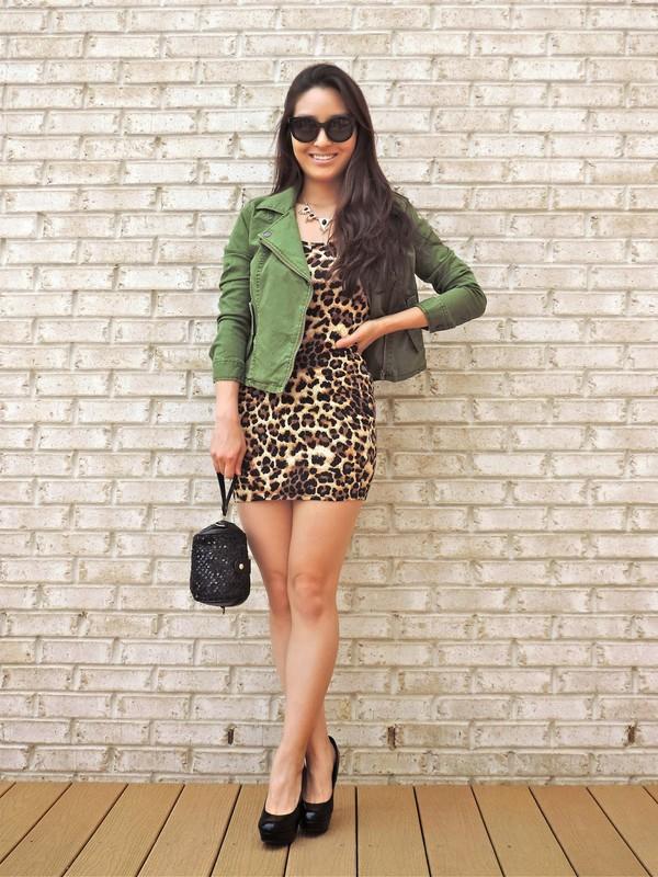 sensible stylista jewels bag shoes jacket sunglasses top