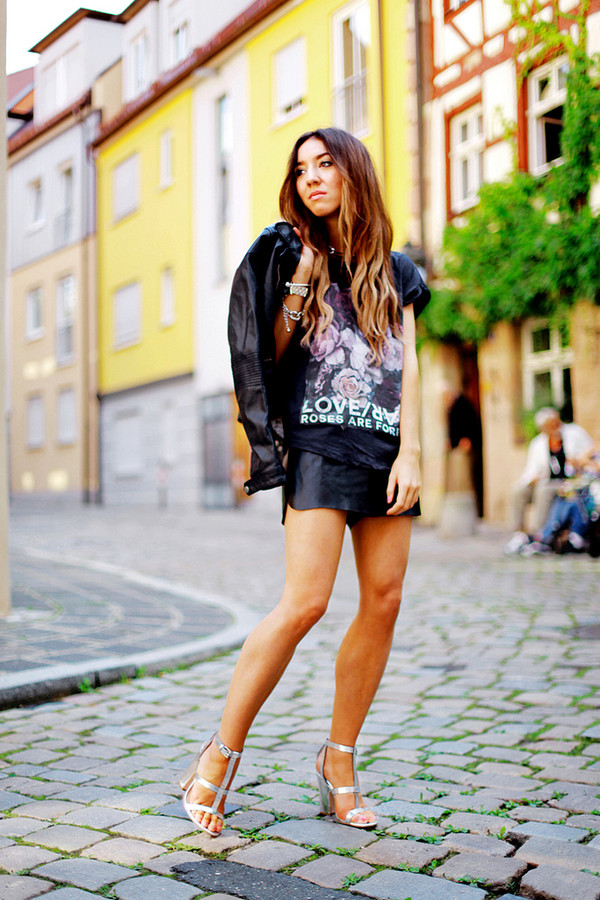 flirting with fashion jacket t-shirt shorts shoes bag