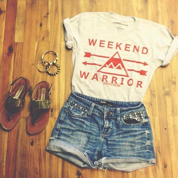 shirt shorts shoes jewels t-shirt weekend warrior cool relax weekend warrior warrior tee clothes tank top crop tops top shorts shirts white red cute aztec