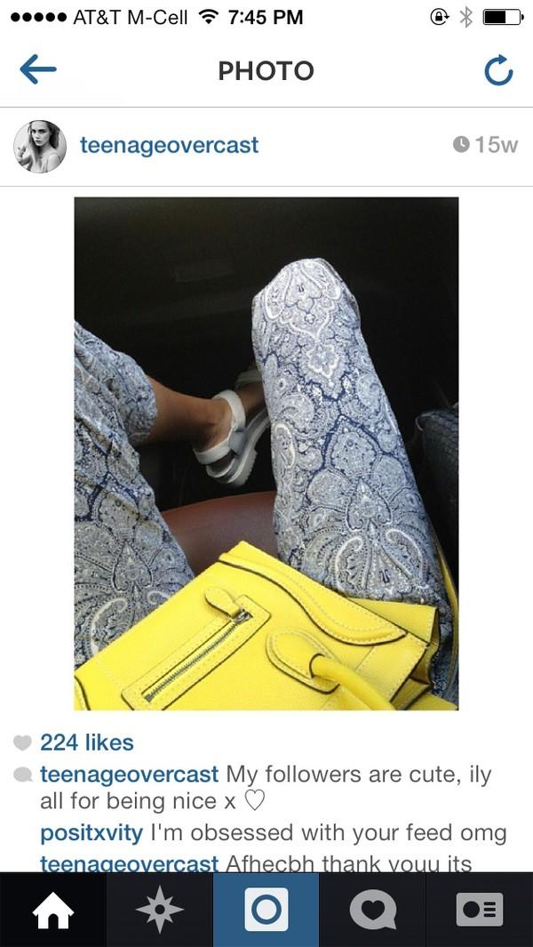 pants paisley blue white native american design boho bohemian blogger fashion blogger cute tumblr tumblr girl teenagers summer summer outfits sandals instagram bag shoes