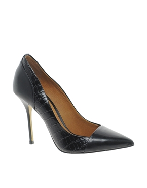 River Island | River Island Leather Odette Classic Heeled Court shoes at ASOS