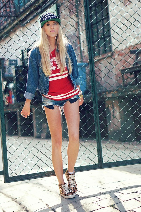 meri wild t-shirt jacket shorts bag jewels shoes hat