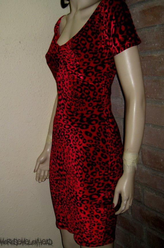 Scarlet Leopard by morosemelonhead on Etsy