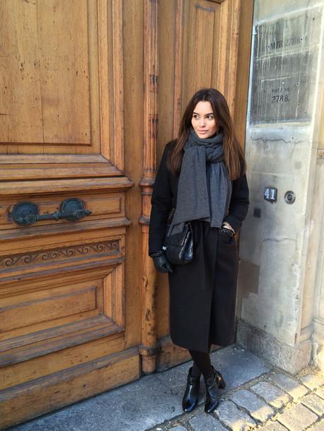 by funda blogger scarf black coat coat shoes bag
