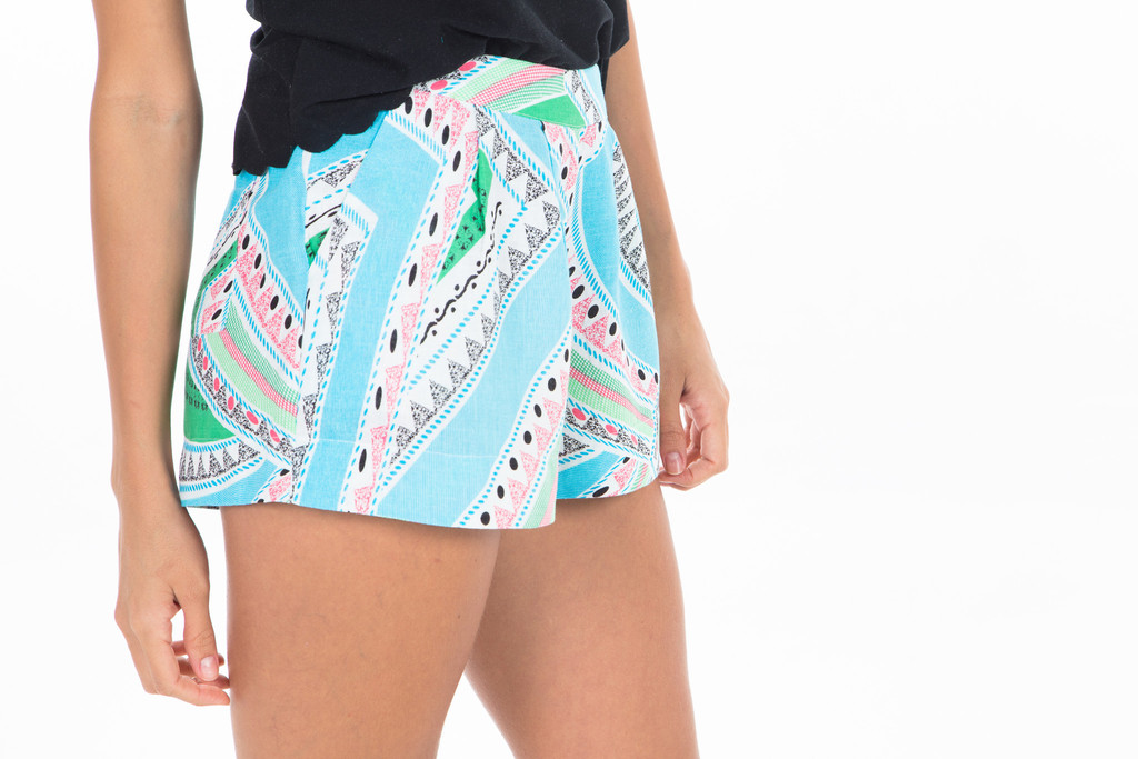 Maghreb Tribal Short – Colocsty