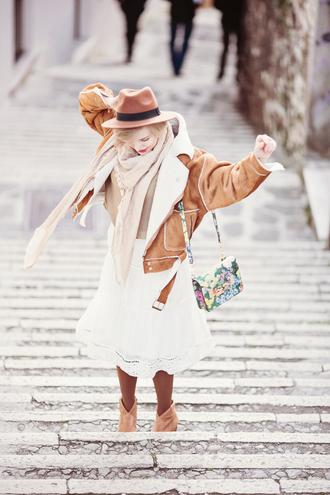 cablook sunglasses hat scarf jacket t-shirt skirt shoes bag jewels