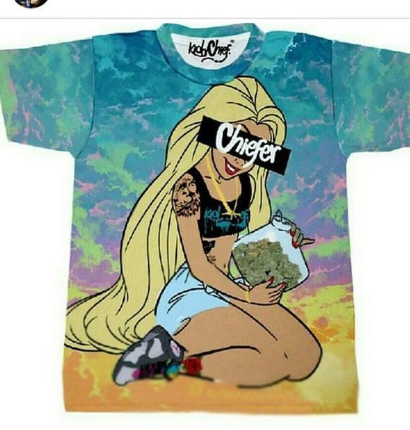 t-shirt marijuana blonde hair princess fashion