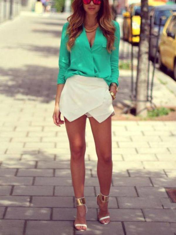 shoes heels blouse shorts
