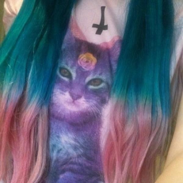 t-shirt pastel pastel goth pastel grunge grey 90s style grunge soft grunge girly grunge grunge fluffy cool goth