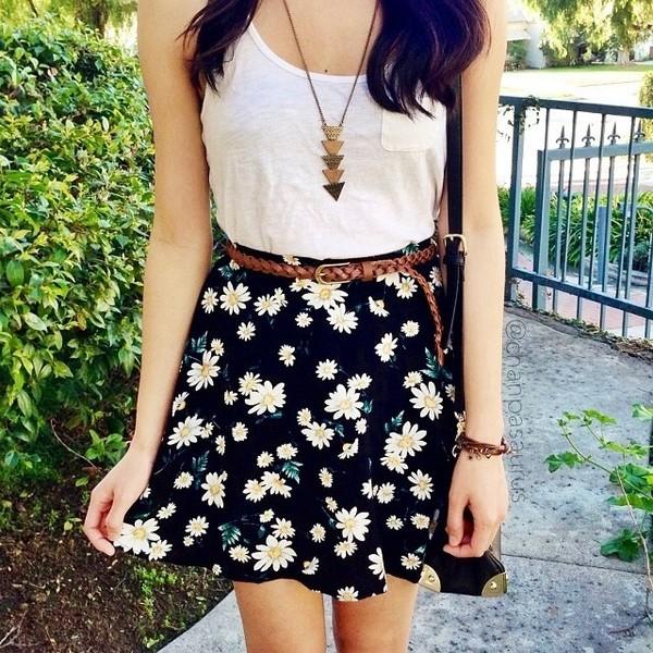 shirt t-shirt skirt daisy flowers floral skater skirt necklace gold top navy black floral skater skirt girly dress tumblr flower skirt casual skirt tank top