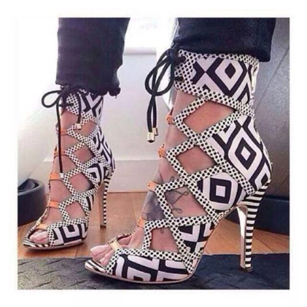 shoes dynamic black and white strappy high heels sandles